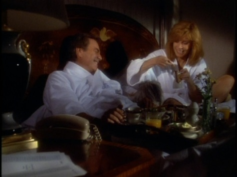 Hart to Hart - Two Harts in Three-Quarter Time 11